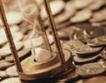 3 кантори анализират документи за царските имоти