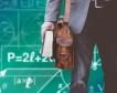 Броят на учителите се увеличава стабилно