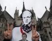 Wikileaks:Известни и богати укриват данъци