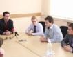 В МИЕТ ученици учат за инвестиции