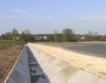 10 км от път в Шуменско почти готови