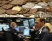 Петрол, силни позиции за еврото