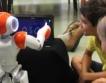 Деца програмираха хуманиоиден робот+видео
