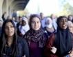 """САЩ:Яростни атаки срещу """"мюсюлманската забрана"""""""