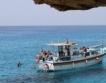 Туристи тръгват към Балканите