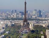 Рекорден брой туристи в Париж, региона