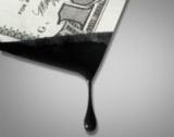 Защо паднаха цените на петрола?