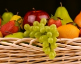 Цени: Домати - 2,85 лв./кг, ябълки - 1,58 лв./кг