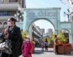 Китай: 85 млн. местни туристи, отворени магазини