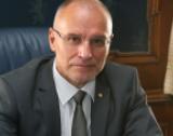 Д. Радев: Икономиката ни - сpeд нaй-ycтoйчивитe