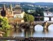 Прага губи чужди туристи, печели чехи